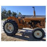International 2424 Tractor