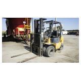 Mitisubishi 5000 lb Forklift