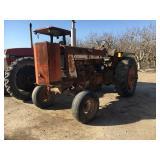 I H  Model 806 Wheel Tractor
