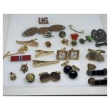 LARGE LOT OF CUFFLINKS / MISC JEWELRY