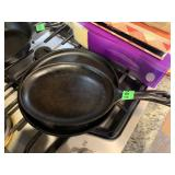 2PC FRYING PANS / SKILLETS / FLAT IRONS