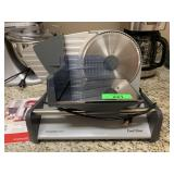WARING PRO ELECTRIC MEAT SLICER