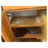 LARGE LOT OF GLASSWARE / CHARGES MORE