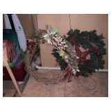 2PC LARGE CHRISTMAS WREATHS
