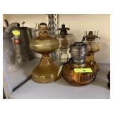 4PC LOT VTG OIL LAMPS