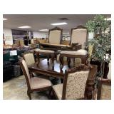 FANTASITC DINING TABLE W 8 CHAIRS / 2 LEAVES
