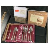 LOT OF MISC SHEETS / FLATWARE / HOUSEWARES
