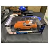 MAISTO DIE CAST CAR IN BOX 1971 DATSUN