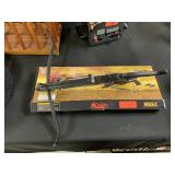 BOLT CROSSBOW W BOX