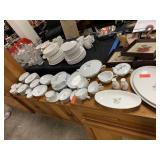 LARGE NORITAKE MARGOT CHINA SET
