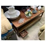 VTG 2 TIER COFFEE TABLE / W DRAWERS (W CASTORS)