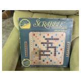 DELUXE EDITION SCRABBLE GAME