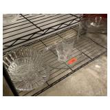 LARGE LOT OF GLASSWARE / CAKE PLATTER MORE