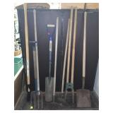 LARGE LOT OF GARDEN TOOLS