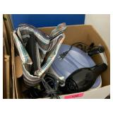 BOX OF HOME BEUATY / CURLING IRONS / PARAFIN WAX