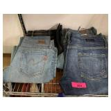 LOT OF NEW CITIZENS OF HUMANITY SZ 27 JEANS