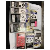 LARGE LOT OF CLIPS / WASHERS / RINGS MORE