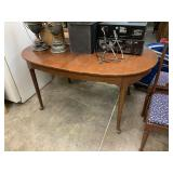 VTG QUEEN ANNE DINING TABLE