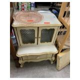 VTG FRENCH PROVINCIAL NIGHT STAND