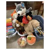 LARGE BIN OF STUFFED ANIMALS