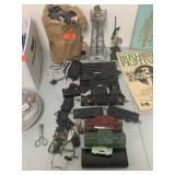 LOT OF VTG TRAIN TOY ITEMS / LIONEL MORE