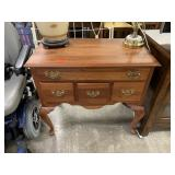 GORGEOUS SMALL ACCENT TABLE W DRAWERS