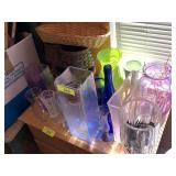 LOT OF VASES AND BASKET