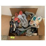 LARGE BOX OF SHOES / SZ 8-9