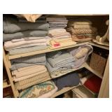 LARGE LOT OF SHEETS / LINENS / CONTENTS OF SHELVES