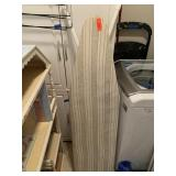 IRONING BOARD W IRON