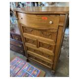 PULASKI DRESSER/ UPRIGHT CHEST OF DRAWERS