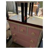 DRESSER W 2 PC SQ END TABLES