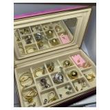 JEWELRY BOX OF MISC COSTUME JEWELRY