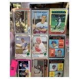 LOT OF VTG 1960S -70S 20 BASEBALL CARDS