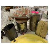 LOT OF VTG KITCHEN/ SIFTERS/ COFFEE/ NAPKIN HOLDER