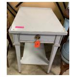 SHERRILL SHABBY CHIC DISTRESSED END TABLE W DRAWER
