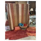 LOT OF BATHROOM ITEMS / MATS SHOWER CURTAIN TOWLES
