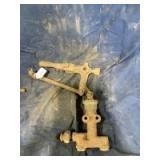 International 10-20 Titan Fuel Pump 2451TM with Lever