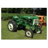Oliver 440 with Cultivators