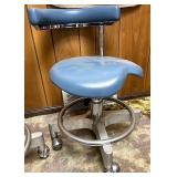Den-tal ez Dentist chair One wheel needs repair-