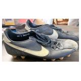 Vintage size 9 Nike cleats