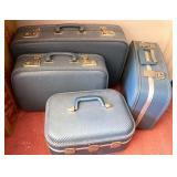 Centage blue luggage set