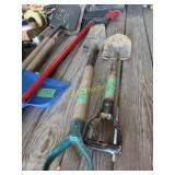 Small shovel and Spade