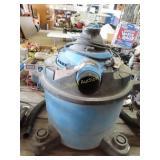 Vacmaster shop vac, 8 gallon