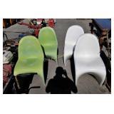 4 MCM Verner Panton Classic Fiberglass Chairs