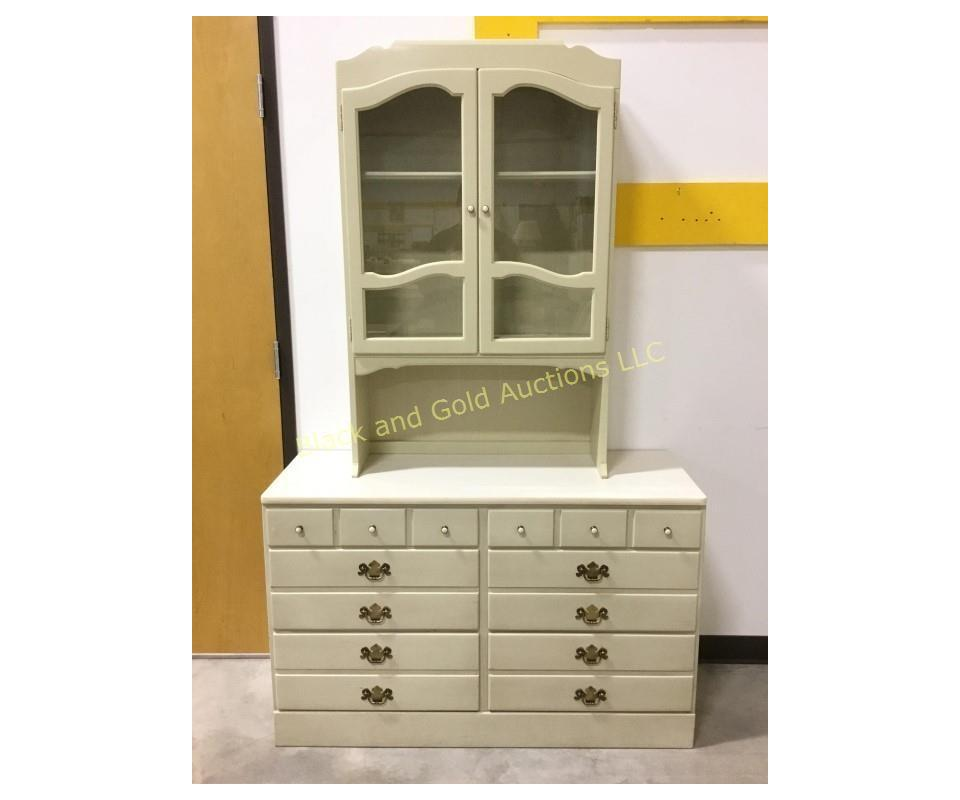 December 5 - Weekly Wednesday Online Auction