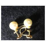 14k screw type earring