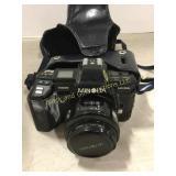 Minolta 7000 maxxum camera and case