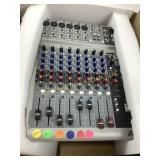Peavey Pv10 mixer in box