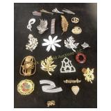 Ladies vintage brooch collection